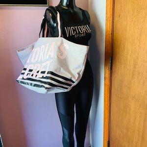 *BUNDLE SET* Victoria Secret sport bra & leggings